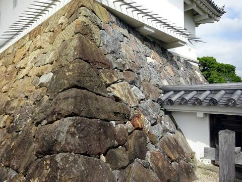 三河幡豆の石