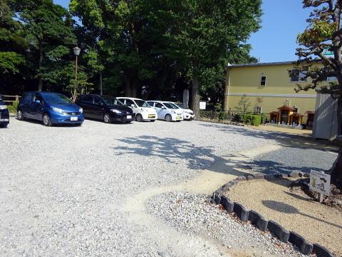犀ヶ崖資料館 の駐車場
